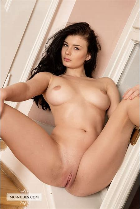 lucy-lee-tits-stairs-nude-mcnudes-10