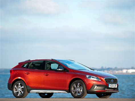 volvo v40 cc vehicle volvo v40 cross country road wallpapers and images wallpapers pictures photos