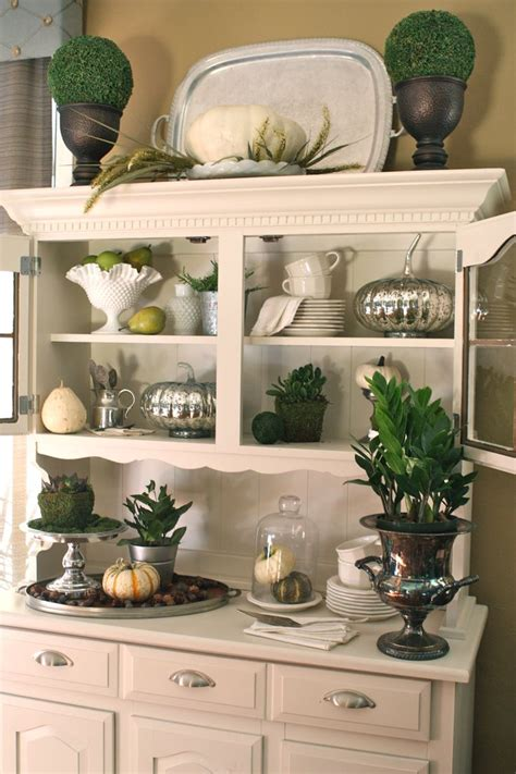 dining room hutch ideas best 25 hutch decorating ideas on china