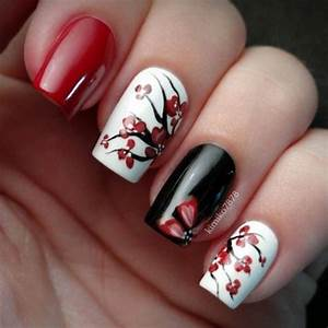 Best sophisticated black nail art designs and ideas