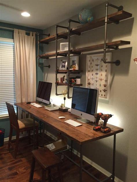 bureau type industriel mobilier style industriel fenetre panoramique accueil