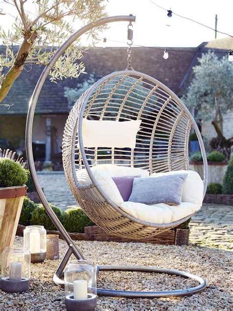 siege exterieur fauteuil suspendu jardin 34 idées d 39 aménagement extérieur