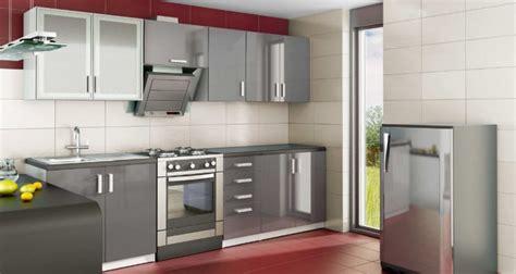 cuisine meubles gris cuisine aménagée moderne laqué quot nérou quot