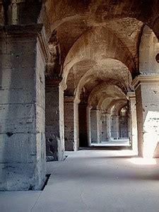 engineering   flavian ampitheatre roman colosseum
