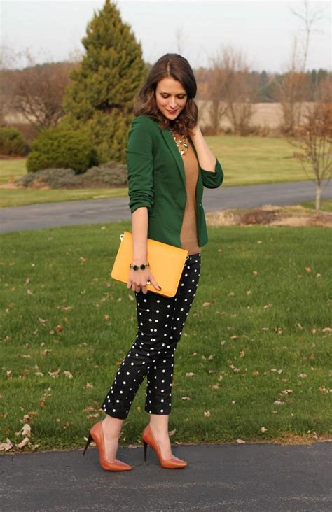 17 Best images about Green sweater outfits on Pinterest | Gray pencil skirts Black tights and ...