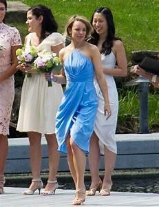 Robe Bleu Demoiselle D Honneur : rachel mcadams robe bleu demoiselle d 39 honneur belle tenue look c l brit demoiselle d ~ Dallasstarsshop.com Idées de Décoration