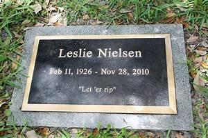 Leslie Nielsen's Grave Marker 1 of 15