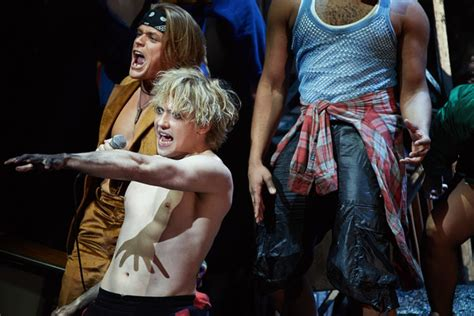 photo flash world premiere  jim steinmans bat