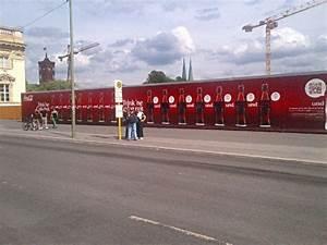 Coca Cola Angebot Berlin : dooh kampagne trink ne coke mit str er invidis ~ Yasmunasinghe.com Haus und Dekorationen