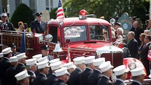 FDNY chief killed in 9/11 buried 15 years later - CNN