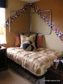 boys bedroom decorating ideas 10 bedroom decor ideas for boys
