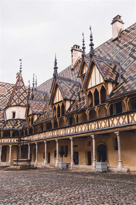 beaune guide  wine city  burgundy france solosophie