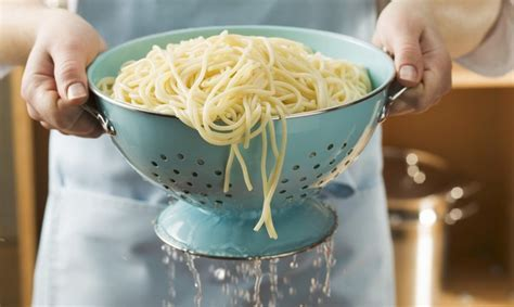 Why You Should Never, Ever Drain Your Pasta In The Sink