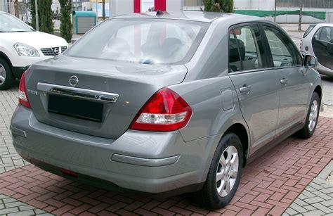 File:Nissan Tiida rear 20080301.jpg - Wikimedia Commons