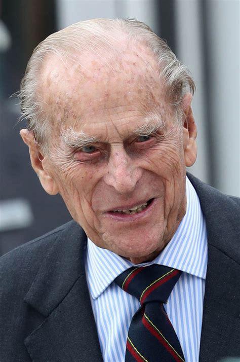 Prince Philip ill: Duke of Edinburgh catches heavy cold ...