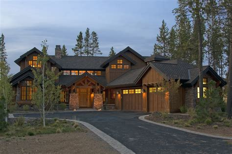 Decorative Craftsman Lodge House Plans by Craftsman Style House Plan 4 Beds 4 5 Baths 3738 Sq Ft