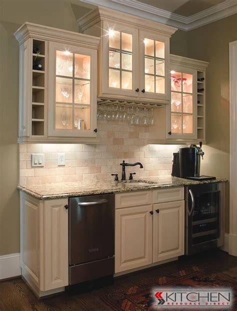 kitchen bar cabinets 17 best images about deerfield cabinets on bar 2277