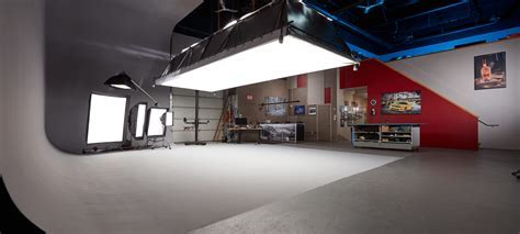 Largest Photography Studio in Southern Ontario   BP imaging