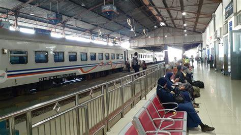 buntut ka wijayakusuma anjlok penumpang  stasiun madiun