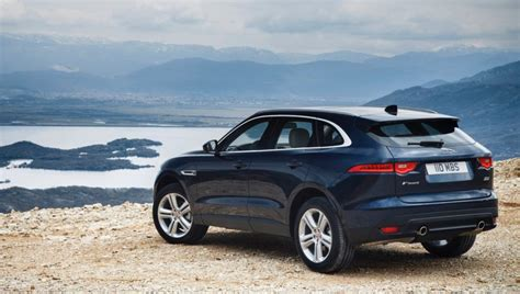 Jaguar Xe Hp by Jaguar Xe Xf And F Pace Get New 300 Hp 2 0l Turbo The