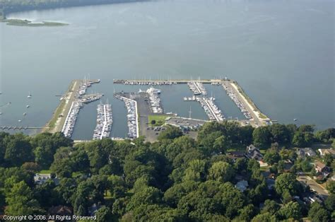 Boat Service Erie Pa by Erie Yacht Club In Erie Pennsylvania United States