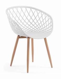 Chaise De Salon Design : chaise design pas cher d couvrez notre s lection prix doux elle d coration ~ Teatrodelosmanantiales.com Idées de Décoration