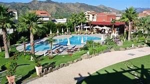 Hotel alcantara resort in gaggi o holidaycheck sizilien for Katzennetz balkon mit hotel garden beach sizilien