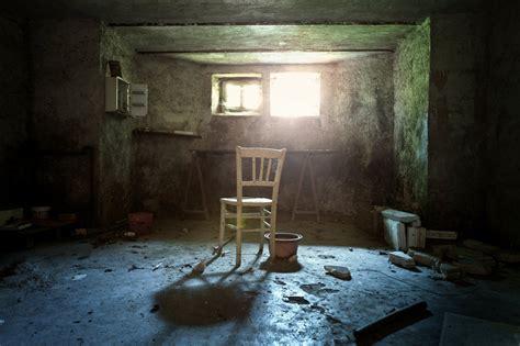 torture room  neoflo  deviantart