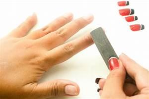 3 Ways to Take ... Fake Nails