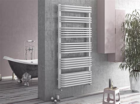 design handtuchheizkoerper gebogen    mm  watt