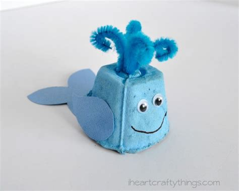 egg whale family crafts 653 | Egg Carton Whale Kids Craft 5 750x600