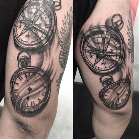 tatouage rose des vents  boussole signification