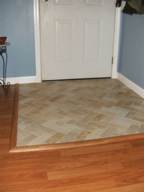 Small Foyer Tile Ideas by Best 25 Tile Entryway Ideas On Entryway