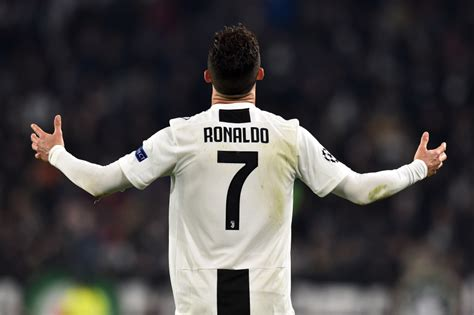 Cristiano Ronaldo Vs Lionel Messi Juventus And Barcelona ...