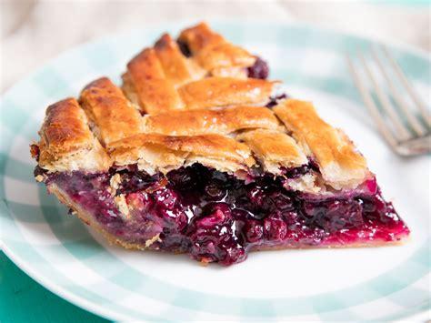beautiful flaky pie crust   fashioned