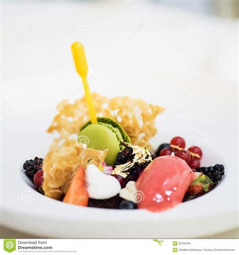 desserte haute cuisine gourmet dessert stock photo image 62700430