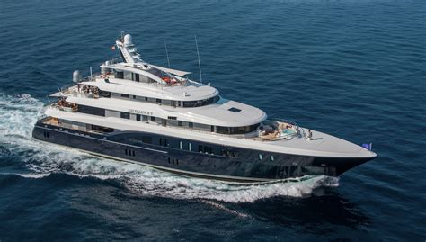 EXCELLENCE V Superyacht