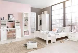 schlafzimmer landhausstil weiß schlafzimmer stockholm im landhausstil weiß set 3 möbel günstig preiswert hochwertig