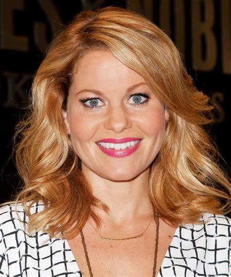 Candace Cameron Bure Shares Bts Photos From Fuller House