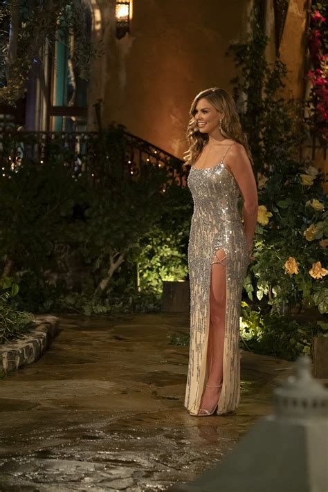 The Powder That Kept Hannah Brown Flawless On The Bachelorette