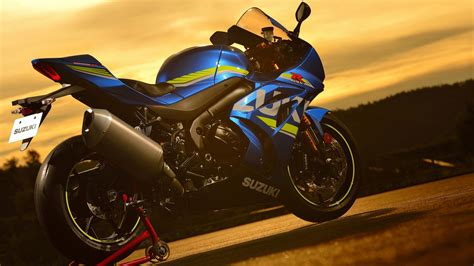 Suzuki Gsx-r1000r 4k 2 Wallpapers
