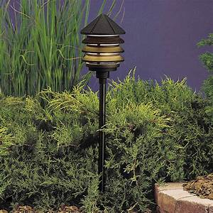 Kichler 15205bkt six groove 120v three tier path spread for 120v outdoor up lighting