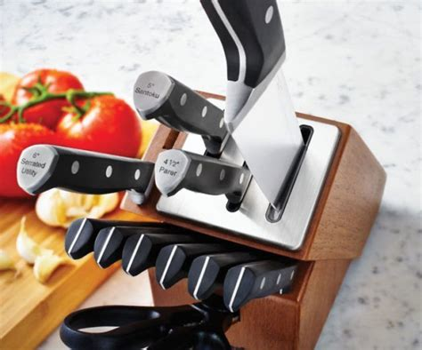Selfsharpening Knife Block  Im Buying This