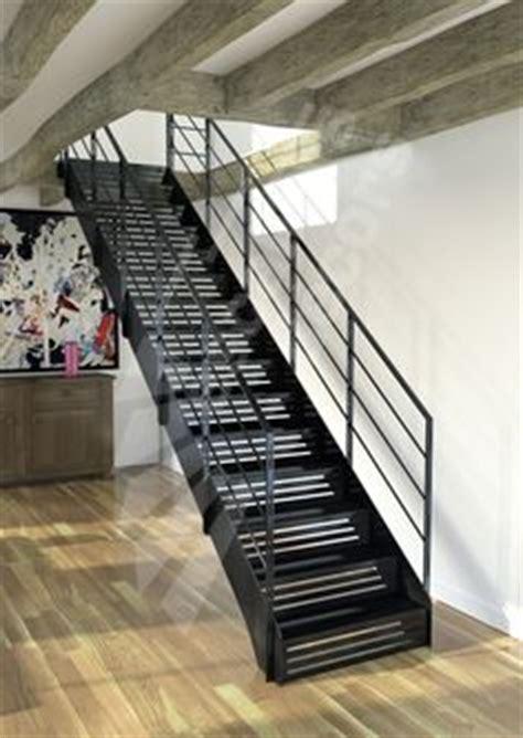 Re D Escalier Contemporaine Montreal by Un Escalier Avec Contremarches Pleines Ou Ajour 233 Es On