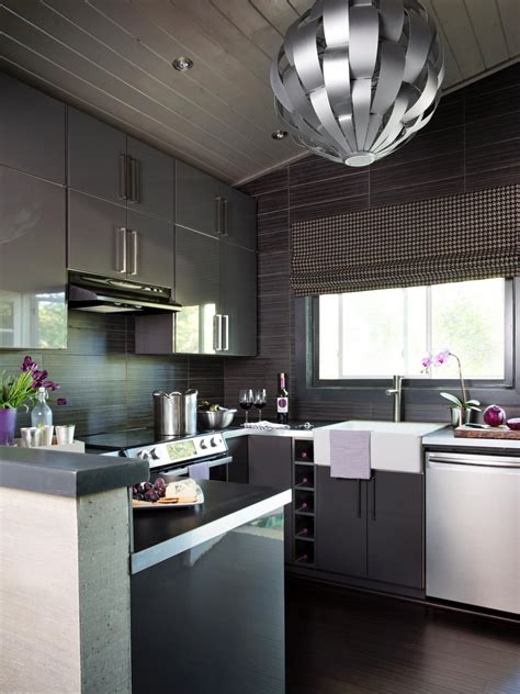 Get The Reference From Small Modern Kitchen Designs 2018