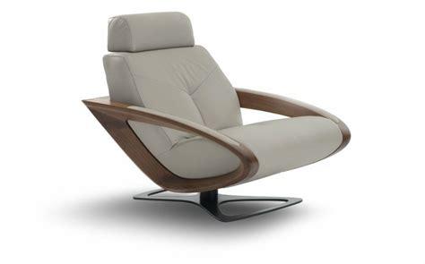 fauteuil contemporain excentrique et fonctionnel