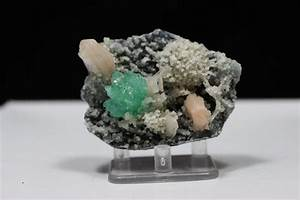 Green Apophyllite & Stilbite on Chalcedony Matrix – Raj ...