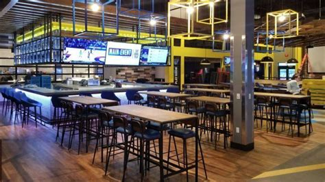 Main Event Entertainment opens Tuesday at The Mall in ...