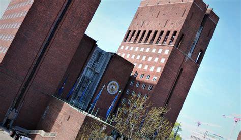 Vi består av 13 medlemsforeninger, som tilsammen har over 225 000 medlemmer. Akademikerne varsler streik i Oslo - Akademikerne