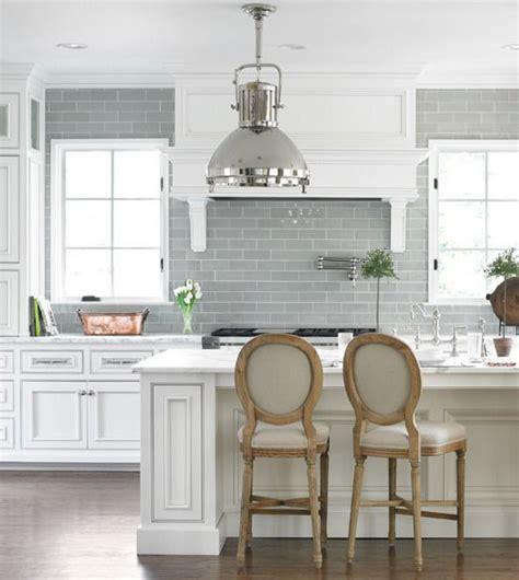 white kitchen backsplash 1033 best backsplash tile images on backsplash 1033